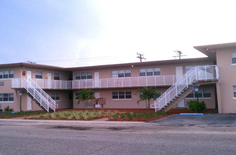 2701 Avenue E, Riviera Beach FL 33404