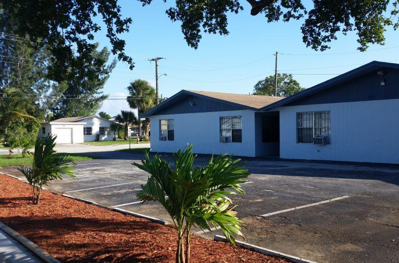 901 W 37th Street, Riviera Beach FL 33404